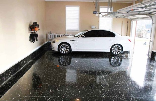 Epoxy floor painting contractor. Garage floor painting and epoxy floor coating company.