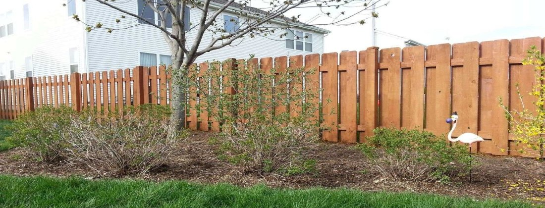 Fence Painting Services in the Chicagoland and Illinois Area